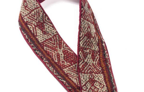 Silvia Roldán – Ampara textil- Joyería